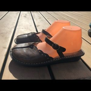 Alegria 40 Brown Leather Clogs Slide On Sandals